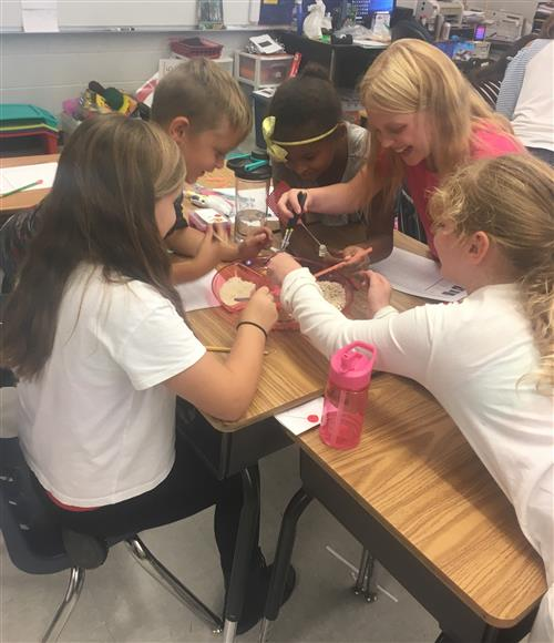 Taylor's class participates in STEM activity